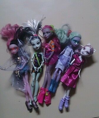 Bundle Monster High dolls