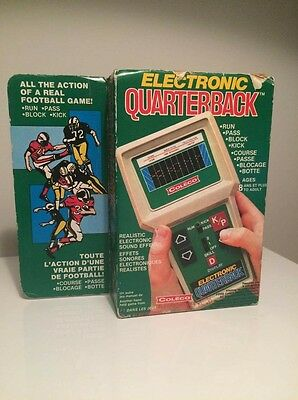Electronic QUARTERBACK 1978 Handheld Game by Coleco w/ Rare Canadian Box