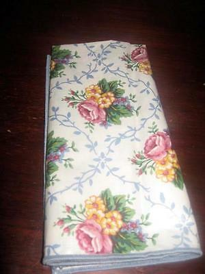 Longaberger Floral Scallop ( mothers day) Fabric Napkin - 1 Napkin