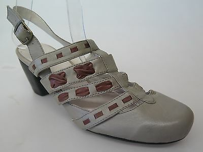 $30 Clearance - Gamins - new ladies leather sandals size 37 / 6.5 #97