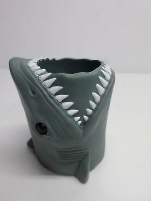 "Vintage 1975 MOVIE ""JAWS"" INSULATED CUP HOLDER - UNIVERSAL PICTURES"