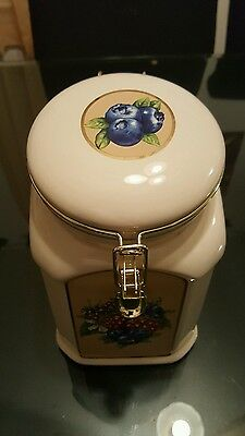 Ceramic Cookie Jar Made Exclusively For Knotts  Berry  Farm .Fruit Decorations.