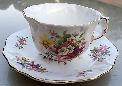 Sale! HAMMERSLEY Floral Howard Sprays Scalloped Edge CUP & Square SAUCER England