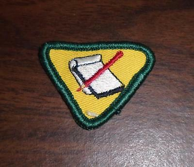 """VINTAGE 1970s BOY SCOUTS OF CANADA CUB """"WRITER"""" BADGE USED"""
