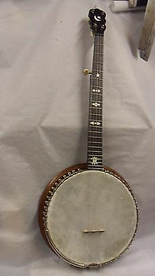 "Banjo- 5 String ""g"" With Carrying Case"