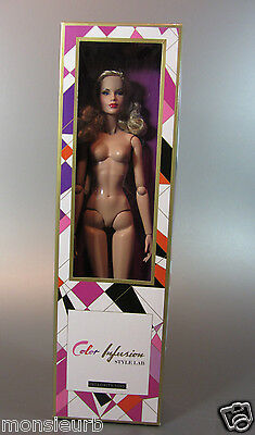Integrity Toys Fashion Royalty by Vaughn Sawyers Cinematic Convention Doll 2015