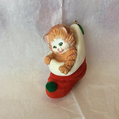 "Hallmark ""Stocking Kitten"" 1989"