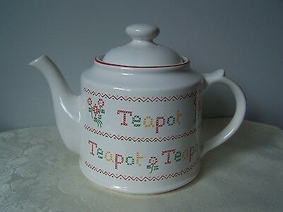 Wade England Petit Point Pattern Teapot - Royal Victoria Pottery - Staffordshire