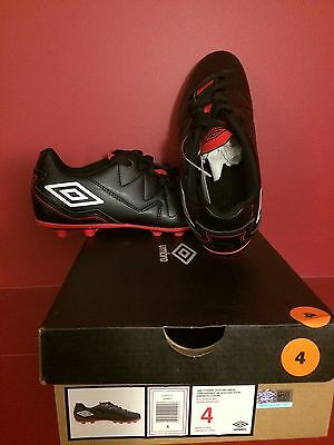 UMBRO Junior Citadel Black/White/Red Soccer Shoe - Size 4 - NIB