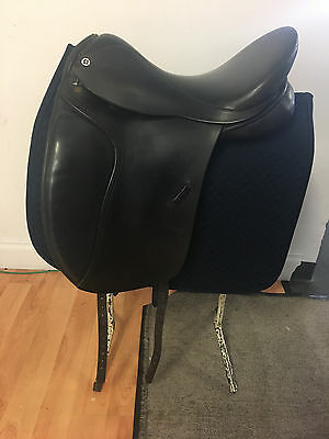 Barnsbey Anky Bonfire Dressage Saddle 17 inch - Secondhand