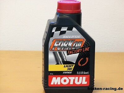 16,95€/l Motul Fork Oil Factory Line Light  SAE 5W 2 x 1L Gabelöl