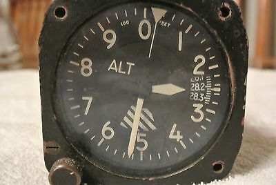 AEROSONIC ALTIMETER  0 to 80,000 FT.-  P/N AAU-8/A W/FREE SHIPPING