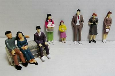 1:32 Scale Model Figures-Hand Painted-8 Pieces-8 Different Poses