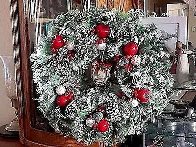 "Vintage 16"" Christmas Wreath-Real Pine Cones-Jingle Bell-Mid Century-Beautiful!"