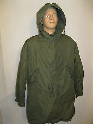 US Army USMC M-1951 M-51 Fishtail Parka w/ Wolf Fur hood, heavy Liner Med Size