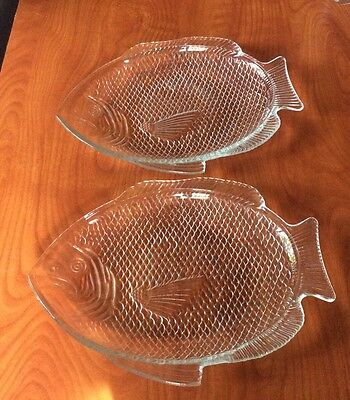"""Set Of 2 Vintage Clear Glass Fish Platters Sushi Plates 11 X 8"""" Ovenproof USA"""
