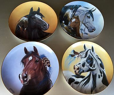 Beautiful PLATE - Collection of HERITAGE OF HORSES by Artist DERK HANSEN