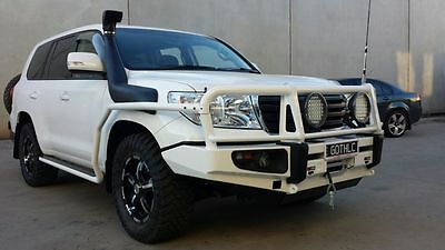 FITTED Toyota Landcruiser 200 Series Bullbar Bull Bar 4x4 4wd offroad protection