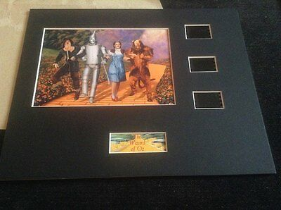 Wizard of Oz 10x8 film cell display