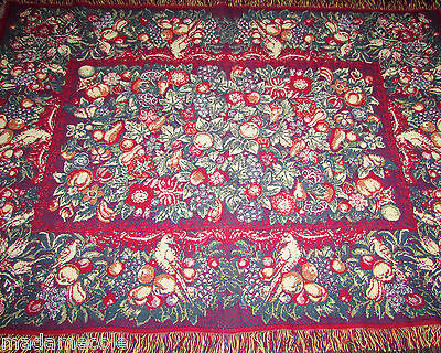 """VTG  100% COTON THE RUG BARN  FRINGED BLANKET/THROW  MADE IN USA  50""""X69""""approx."""