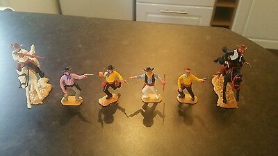 Timpo 6 cowboys (2 on Horseback (Complete figures )