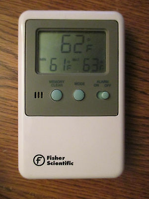 Fisher Scientific #15-077-8D Traceable Digital Thermometer - Working