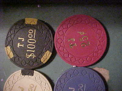 6  chip poker chips clay OLD WESTERN ILLIAGLE ? 1970 POKER CHIP CO.