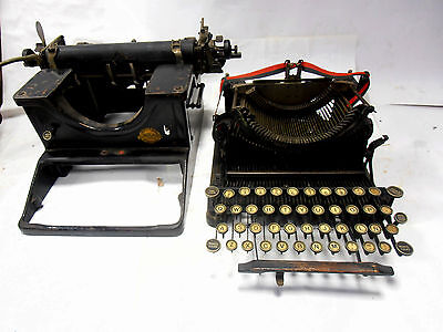 ►Antigua  maquina de escribir  DEMOUNTABLE  TYPEWRITER de 1927►