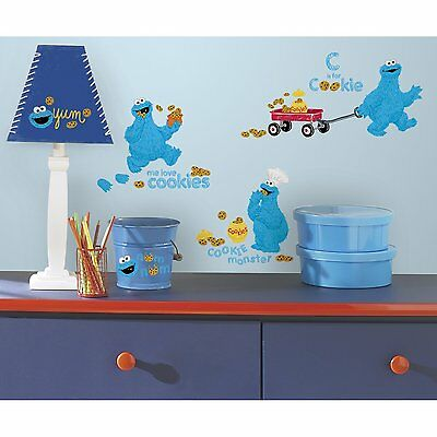 RoomMates RMK2626SCS Me Love Cookie Monster Peel and Stick Wall Decals
