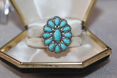 Signed AW ~ Southwestern VINTAGE STERLING Silver TURQUOISE Ring 7.5