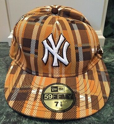 New Era New York Yankees 59Fifty Fitted 7 1/8 Baseball Hat Brown Plaid