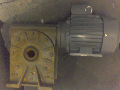 Industrial Motor & Reduction Gearbox  Sandblom & Stohne