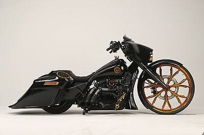 "2016 Harley-Davidson Touring  2016 STREET GLIDE BAGGER **1 OF A KIND** 30"" WHEEL!! GOLD!! PRESIDENTIAL STATUS!"