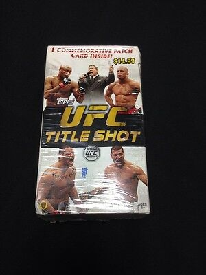 TOPPS - Trading Collectors Cards - UFC Title Shot 31 cards inc Patch 2011  (G19)