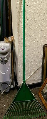 Garden rake, plastic, good condition, House clearance