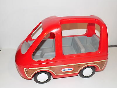 LITTLE TIKES Vintage Dollhouse Family Car Van Red Vehicle Doll  HOUSE