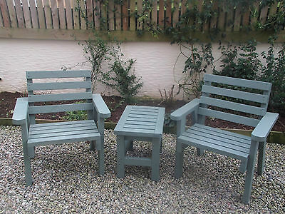 Set Solid Wooden Garden / Patio Chairs And Small Side Table