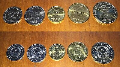 Vietnam 2003 Coins 200, 500, 1000, 2000, 5000 Dong. Set of 5 coins , XF-UNC