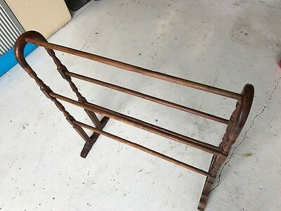 timber vlothes hanger, clothes rack, towels