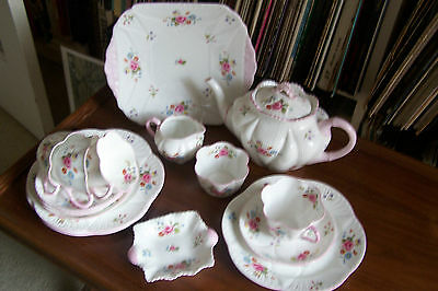 "Shelley - ""Rose and Red Daisy"" Tea Set - #13425 - Dainty Shape"