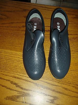 Bowling Shoes - Ladies Size 8 Grey lace-up New