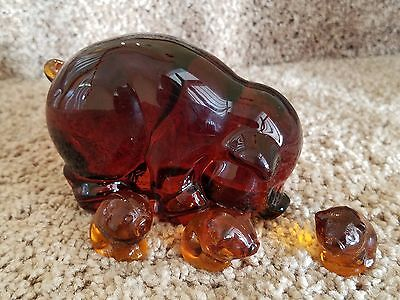 AMBER MAMA SOW and 3 SITTING PIGLETS PIG HEISEY BY IMPERIAL GLASS ALIG