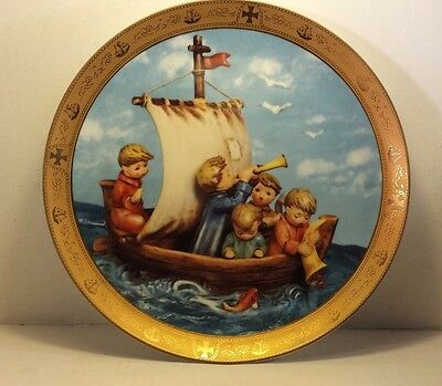 M.J Hummel  Danbury Mint Collector Plate LAND IN SIGHT Columbus's Discovery 1992