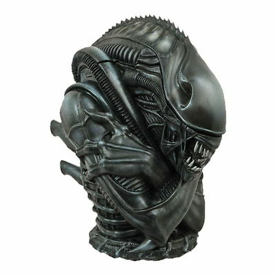 Alien Warrior Ceramic Cookie Jar By Diamond Select Toys NEW & SEALED