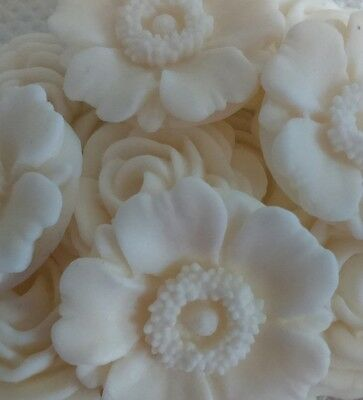 12 CREAM /IVORY ROSES AND FLOWERS Edible sugar cake topper Wedding Anniversary