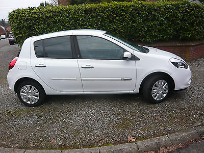 Renault Clio 1.2I  Ice Watch CLIMATISATION