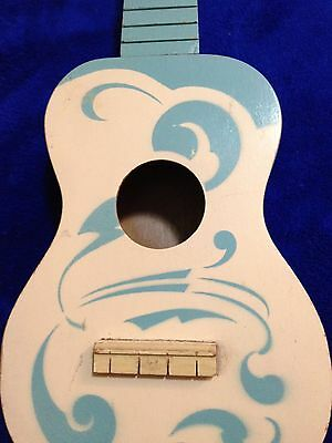 Vintage Regal Robins Egg Blue & Cream  Soprano Ukulele. Rare!