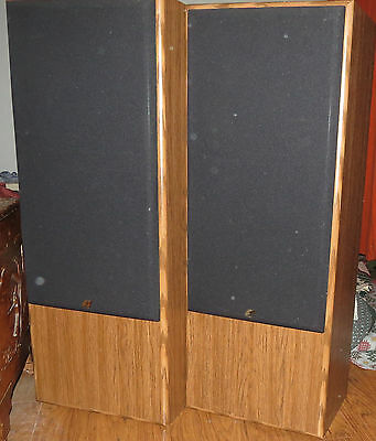 Sansui S-3100U 120 Watts 8 Ohm Pair of Speakers - excellent