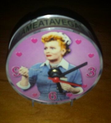 I love Lucy magnetic clock