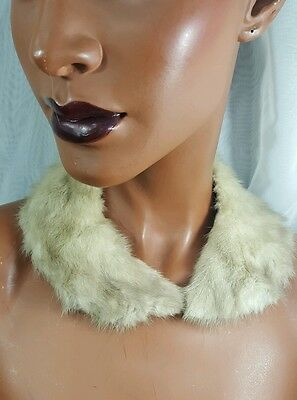 Vintage off white Fur Collar